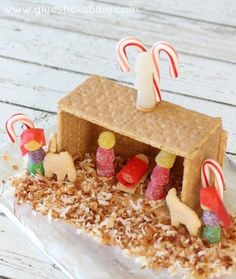 Edible Nativity Gingerbread House This year instead of a graham cracker house make a nativity scene with graham crackers and candy! Such a fun twist that reminds us more of what Christmas is really about! Preschool Christmas, Christmas Crafts For Kids, Christmas Projects, Christmas Holidays, Christmas Decorations, Christmas Ideas, Church Christmas Craft, Kids Christmas Activities, Christmas Nativity Scene