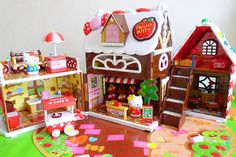 Hello Kitty Gingerbread House, via Flickr.