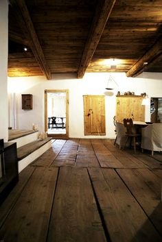 floor boards raw farmhouse style design home decor wabi sabi rough dining room kitchen