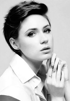 karen gillan short hair - Google Search