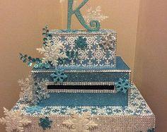 Winter wonderland/snowflake card box for weddings sweet 16 quinceanera bar mi Snowflake Wedding, Snowflake Cards, Snowflakes, Sweet 16 Themes, Winter Wonderland Birthday, Sweet Sixteen Parties, Sweet 16 Birthday, 16th Birthday, Card Box Wedding