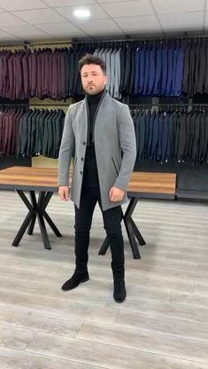 India Fashion Men, Indian Men Fashion, Formal Men Outfit, Formal Suits, Mens Fashion Blazer, Suit Fashion, Wedding Suits, Wedding Outfits For Men, Designer Suits For Men