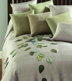 New Ideas For Bedroom Green Grey Duvet Covers Bed Sets, Bedroom Green, Bedroom Decor, Draps Design, Bed Cover Design, Designer Bed Sheets, Grey Duvet, Fall Pillows, Linen Pillows