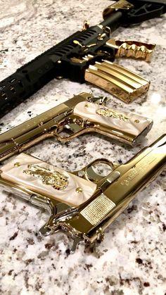Boujee Aesthetic, Badass Aesthetic, Bad Girl Aesthetic, Ninja Weapons, Weapons Guns, Armas Airsoft, Pretty Knives, Armas Ninja, Gun Art