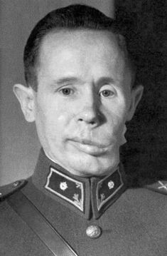 """Simo Häyhä in 1940 with his jaw deformed due to injury from an enemy bullet.Simo Häyhä (Finnish pronunciation: [ˈsimɔ ˈhæy̯hæ]; December 17, 1905 – April 1, 2002), nicknamed """"White Death"""" (Russian: Белая смерть, Belaya Smert; Finnish: valkoinen kuolema; Swedish: den vita döden) by the Red Army, was a Finnish sniper. Using a modified Mosin–Nagant in the Winter War, he has the highest recorded number of confirmed sniper kills – 505 – in any major war."""