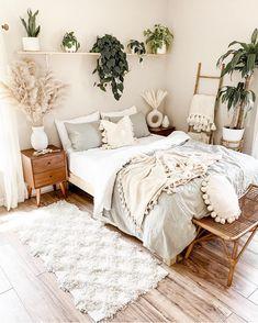 Home Interior Cocina .Home Interior Cocina Bedroom Green, Room Ideas Bedroom, Small Room Bedroom, Home Bedroom, Bedroom Decor Boho, Bedroom Designs, Boho Bed Room, White Bedroom Walls, Small Bed Room Ideas