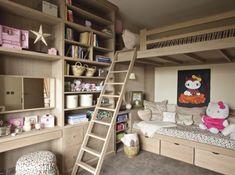Loft Beds: Maximizing The Area Of Small Spaces – Bunk Beds for Kids Loft Spaces, Small Spaces, Bunk Bed With Desk, Bunk Rooms, Kids Bunk Beds, Kids Room Design, Nursery Design, Kids Bedroom, Boy Bedrooms