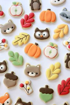 Top 7 Tips for Decorating Mini Cookies. These are sugar cookies decorated with royal icing, using the American Crafts & Sweet Sugarbelle Autumn Mini Cutters. Thanksgiving Cookies, Fall Cookies, Mini Cookies, Cut Out Cookies, Iced Cookies, Cute Cookies, Royal Icing Cookies, Cookies Et Biscuits, Cupcake Cookies