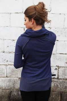 Sunday Chill Out Sweater {Navy}