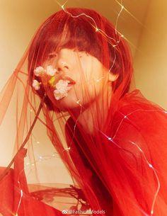 "midnight-charm: "" Yuan Bo Chao photographed by Aki Leen for Harper's Bazaar China December 2017 Stylist: Yuri Tan "" Portrait Inspiration, Photoshoot Inspiration, Mode Inspiration, Film Photography, Editorial Photography, Fashion Photography, Photography Aesthetic, Dreamy Photography, Vintage Photography"