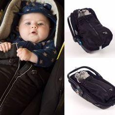 Para tu bebé y para ti, diseño práctico, cómodo y a la vez urbanita y muy cool. URBAN BABY COLECCTION muy completa, fundas porta bebé, fundas silla paseo, bolsa maternidad, bolso organizador, neceser, manoplas, porta biberón y muchos complementos más. http://www.walkingmum.net/coleccion/urban-baby/ Foto de Walking Mum.