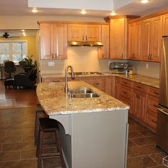 Kitchen Remodel Pictures Maple Cabinets best kitchen paint colors with maple cabinets: photo 21 - ginger