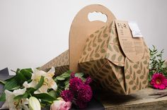 Flower packaging on Behance