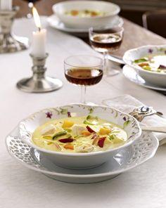Unser beliebtes Rezept für Mulligatawny Soup (Indische Currysuppe mit Hähnchen, Apfel und Mango) und mehr als 55.000 weitere kostenlose Rezepte auf LECKER.de.
