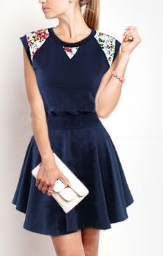 Dark Blue Flowers Print O-neck Pleating Sleeveless Dress