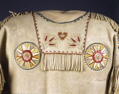 Native American Clothing, Native American Crafts, Native American Artifacts, Native American Tribes, Tribal Community, Art Articles, Nativity Crafts, Bead Loom Bracelets, Red River