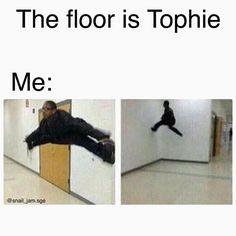NOOOOOOO! NONONO NO TOPHIE! SHIP SOHORT!