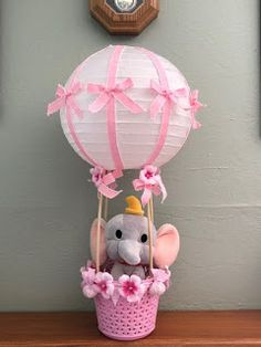 Baby Shower Crafts, Girl Baby Shower Decorations, Baby Shower Centerpieces, Baby Shower Themes, Baby Deco, Grey Baby Shower, Balloon Gift, Baby Shower Princess, Baby Shower Balloons