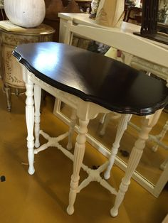 Table painted in Annie Sloan Old White and topped with General Finishes Java Gel stain by Cathie Cornacchia, Les Jolie Couleurs