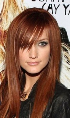 I have always loveedddd her hair color here. IM OBSESSED with copper golds.