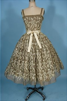 Party Dress 1955, Made of organdy