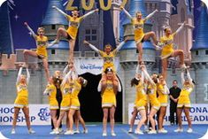 Cheerleading outside hitch pyramid #cheer #stunt #thingsweloveatspiritaccessories