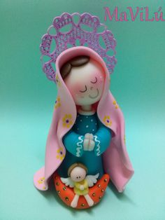Virgencita Maria Religious Cakes, Religious Art, Diy And Crafts, Arts And Crafts, Pasta Flexible, Cake Tutorial, Cold Porcelain, Paper Mache, Fondant