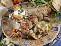 Tekercses marhasült laskagombával recept Pork, Beef, Dishes, Recipes, Pork Roulade, Meat, Plate, Pigs, Rezepte