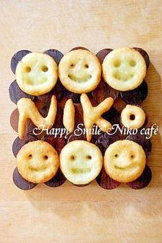 楽天が運営する楽天レシピ。ユーザーさんが投稿した「ニコニコポテト」のレシピページです。食べる時もおもわずニコニコ♪みんなが笑顔になるフライドポテトです。食感がもちっとしてます。お弁当にもぴったり!。フライドポテト。ジャガイモ,片栗粉,塩コショウ,■揚げ油