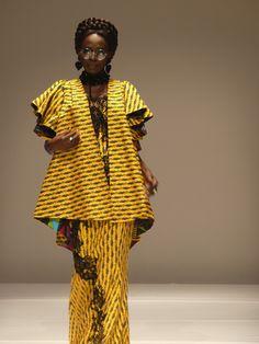 Elie Kuamé de la Cote d'Ivoire. African Inspired Fashion, African Print Fashion, Ethnic Fashion, Fashion Prints, African Wear, African Style, African Women, African Dress, Style Ethnique