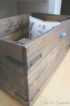 DIY Rustic Crate Tutorial. Such pretty and functional storage!