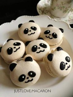 Most popular tags for this image include: cute, macaron and panda