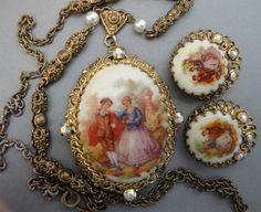 Vintage Fragonard Necklace Earrings Set West by EyeCandyAntiques