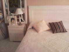 Muebles con bambú incrustado