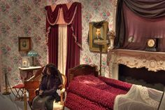 Victorian Parlor Photos | Slideshow 709-24: Victorian era funeral parlor in National Museum of ...