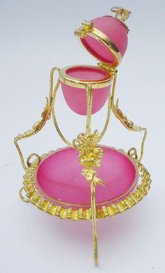 Palais Royal Pink Opaline Thimble Holder