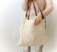Make this easy knit tote by Mama in a Stitch with Wool-Ease Thick & Quick! Makes a great gift!