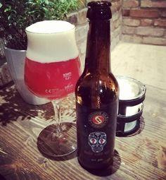 Take an Schoppebräu Holy Shit Ale... IBU Hammer!!! 330ml, 10% and IBU 100  #schoppebräu #ibuhammer #ibu #holyshitale #holyshit #tgib #thankgoditsbeer #craftbeer #hoppy #ibu100 #Liefergasse #craftbeer #instabeer #Herbe #hopfen #indaface #altstadt #ddorf #Düsseldorf #indianpaleale #ale #berlinerbier #schoppebräu #beerbar #längstethekederwelt