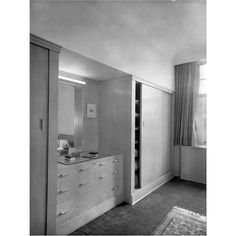 Compact wardrobe fittings in a guest bedroom at Eltham Palace. Pub Orig CL 29/05/1937