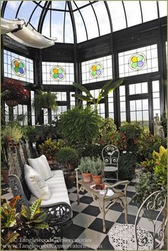 How to make the small greenhouse? There are some tempting seven basic steps to make the small greenhouse to beautify your garden. Greenhouse Kits For Sale, Small Greenhouse, Greenhouse Plans, What Is A Conservatory, Conservatory Garden, Terrasse Design, Greenhouse Interiors, Magic Garden, Glass Room