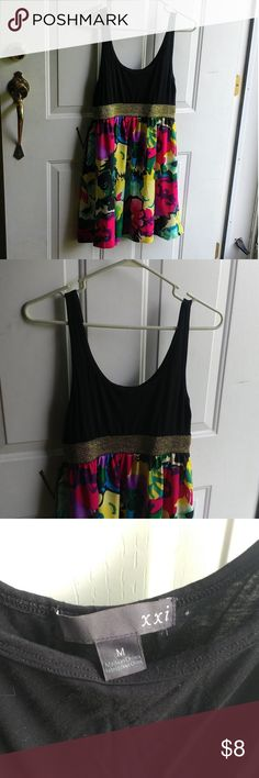 Beautiful short dress My daughter loved this dress. She wore it to weddings or church or anywhere else she wanted to dress up. Gently used, but still in nice condition. Size medium, but depending on your bust size, some who wear a large could also wear it. Dresses Mini