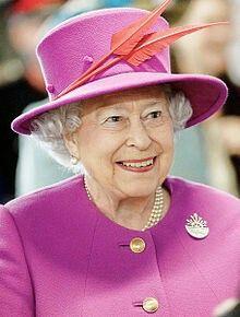 "Elisabeth II Reine d'Antigua-et-Barbuda https://fr.m.wikipedia.org/wiki/Élisabeth_II ...Devise du pays ""  Effort individuel, Succès collectif."" .. https://fr.m.wikipedia.org/wiki/Antigua-et-Barbuda"