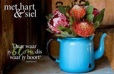 Daar waar jy blom, dis waar jy hoort| | Met hart & siel | Inspirasie vir tuisskool Psalm 56, New Year Wishes, Afrikaans, Note To Self, Flower Decorations, Wise Words, Art Projects, Daisy, Inspirational Quotes