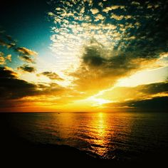 beautiful cloud sunset scene