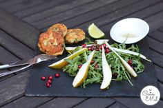 Crunchy Pear and Pomegranate Salad with Mustard Fishcakes - www.lecoindemel.com