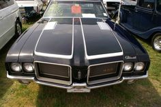 not the color scheme for my car, but i am comtemplating the hood striping...