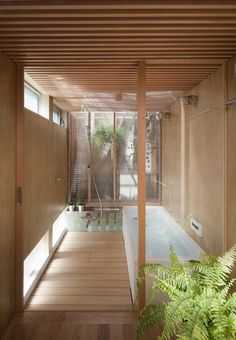 Outside (Outside) ((Outside)) house within a house by a.+H Bathroom – house by Japanese architects a.+H has two roofs and four more tiny houses inside Japan Architecture, Interior Architecture, Interior And Exterior, Japanese Bathroom, Japanese Soaking Tubs, Japanese Interior, Bathroom Styling, Bathroom Ideas, Zen Bathroom