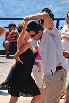 Find the hottest Latin dance clubs for Bachata and Salsa dancing in Portland. Also submit information on your restaurant or nightclub for Salsa dancing. Swing Dancing, Ballroom Dancing, Girl Dancing, Shall We Dance, Lets Dance, Puerto Rico, Danse Salsa, Salsa Bachata, Save The Last Dance