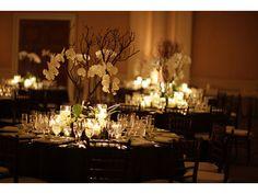 Decoración de boda elegante en negro
