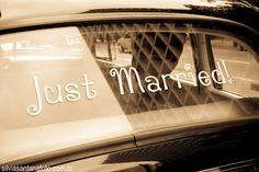 Noivas de Londrina: Plaquinhas, letras, lá vem a noiva, felizes para sempre e outros dizeres no casamento...